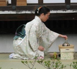 japanese woman making tea