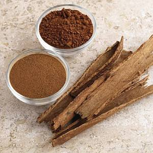 cinnamon powder and sticks
