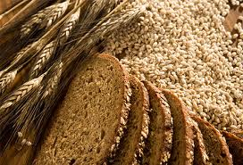 whole grains and whole grain bread